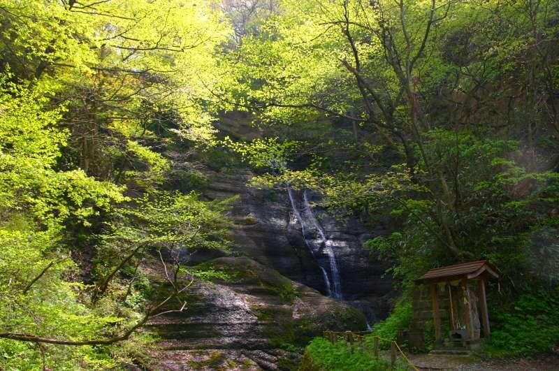 川渡温泉・白糸の滝